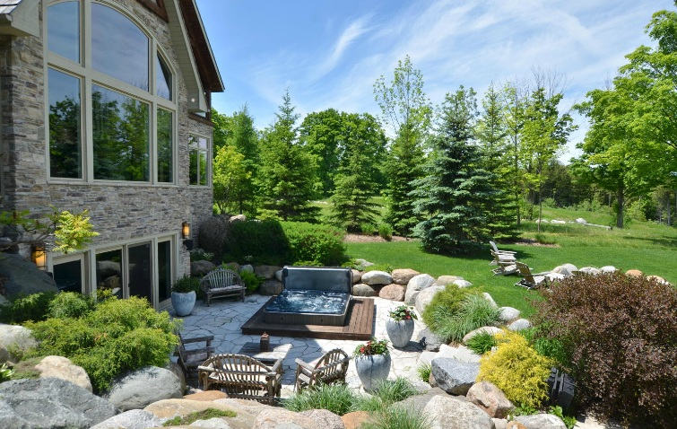 Stone and wood patio design and installation collingwood for Hot tub designs and layouts